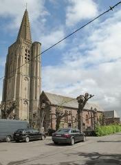 Eglise Saint-Antoine - Nederlands: Houtkerke, kerk: l'église Saint-Antoine