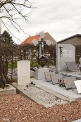 Eglise Saint-Antoine - Nederlands: Houtkerque Churchyard