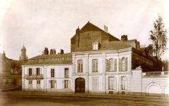 Hôtel particulier - English: Hotel Virnot de Lamissart, façade de l'Esplanade 17,2 x 12,2 cm.