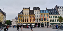 Immeuble - Deutsch: Großer Platz/Platz Charles de Gaulle, Lille, Département Nord, Region Oberfrankreich (ehemals Nord-Pas-de-Calais), Frankreich