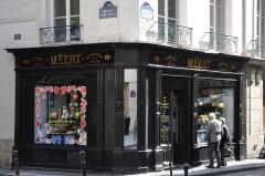 Maison Meert - English: Méert shop, Paris 2015; See old name of street Elzévir