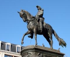 Statue de Faidherbe -  Monument au Général Faidherbe (Lille 3/06/1818-Paris 28/09/1889), place Richebé à Lille. Sculpteur: Antonin Mercié (1845-1916).