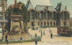 Statue de Faidherbe -  Lille - 114 - Statue de Faidherbe et palais des beaux arts