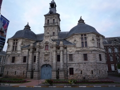 Hôtel de ville - English: The former town hall of Saint-Amand-les-Eaux, Nord, France.