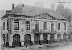 Hôtel de ville -  Ancien Hôtel de Ville de Tourcoing (1718-1873), sis sur la Grande Place; démoli en 1900.