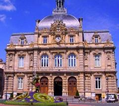 Hôtel de ville -  Entrée de l'Hôtel de Ville de Tourcoing