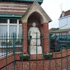 Fontaine Saint-Chrysole -  Fontaine Saint-Chrysole à  Verlinghem  Nord  Hauts-de-France.