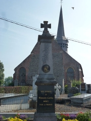 Eglise Saint-Martin - English: Wemaers-Cappel (Nord, Fr) monument aux morts