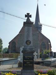 Eglise Saint-Martin - English: Wemaers-Cappel (Nord, Fr) monument aux morts