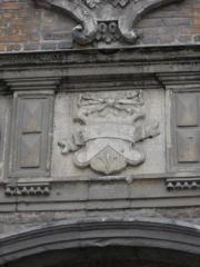 Ancien bailliage - English: Coat of arms outside the baillage of Aire-sur-la-Lys, Pas-de-Calais, France.