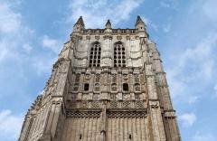 Eglise Saint-Pierre - Clocher de la collégiale Saint-Pierre d'Aire-sur-la-Lys (Pas-de-Calais , France)