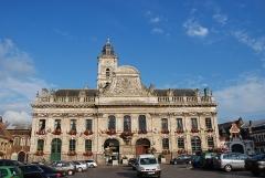 Hôtel de ville et beffroi - Français:   hôtel de ville à Aire-sur-la-Lys