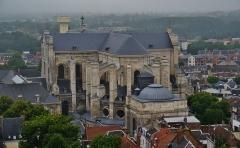 Cathédrale Notre-Dame et Saint-Vaast - Deutsch: Blick vom Belfried auf Die Kathedrale Unserer Lieben Frau & St. Vaast, Arras, Département Pas-de-Calais, Region Oberfrankreich (ehemals Nord-Pas-de-Calais), Frankreich