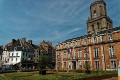 Beffroi - English: Boulogne-sur-Mer - Ville Haute - Place Godefroy de Bouillon - View WNW towards le Beffroi / the Belfry