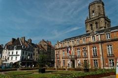 Beffroi - English:   Boulogne-sur-Mer - Ville Haute - Place Godefroy de Bouillon - View WNW towards le Beffroi / the Belfry