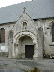 Eglise - Français:   Porche de l\'église Saint Martin de Eps Herbeval