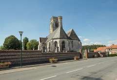 Eglise Saint-Lambert - Nederlands: Lambres Churchyard