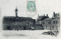 Gare - Français:   carte postale envoyée le 29 mai 1906 représentant la gare de Lens.