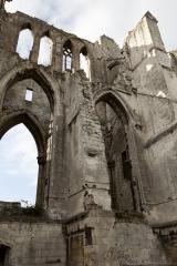 Ancienne abbaye de Saint-Bertin - English: ref: PM_050586_F_Saint_Omer; Saint-Omer; Abbaye Saint-Bertin; Nord-Pas-de-Calais, Pas-de-Calais; France; Ruines de l'église; Cultural heritage; Europe/France/Saint-Omer; Wiki Commons; Photographer: Paul M.R. Maeyaert; www.pmrmaeyaert.eu; © Paul M.R. Maeyaert; pmrmaeyaert@gmail.com;