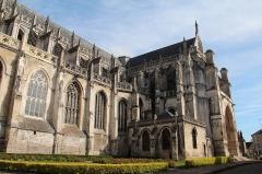 Collégiale, puis cathédrale Notre-Dame, actuellement église paroissiale Notre-Dame - Saint-Omer (Pas-de-Calais - France), nef (1263) et transept (1375-1379) de la cathédrale Notre-Dame.