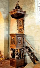 Eglise Saint-Symphorien - This object is classé Monument Historique in the base Palissy, database of the French furniture patrimony of the French ministry of culture,under the referencePM49000001.