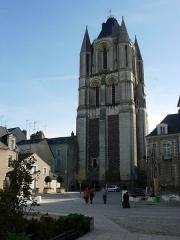 Ancienne abbaye Saint-Aubin, actuelle préfecture - Deutsch:  Die Tour Saint-Aubin in Angers, Maine-et-Loire, Pays de la Loire, Frankreich.