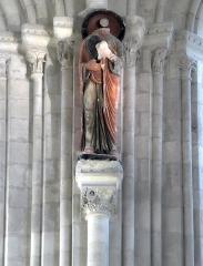 Collégiale Saint-Martin - Église Saint-Martin d'Angers (statue, chapiteau)