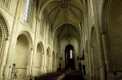 Eglise de la Trinité -  Les châteaux de la Loire.