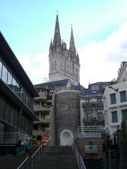 Ancien évêché ou Palais du Tau - English:  View of Villebon tower and Saint Maurice cathedral from the Place de la République in Angers, Maine-et-Loire, France.