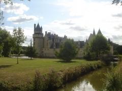 Château du Plessis-Bourré - English: Castle Le Plessis-Bourré, located near the village of  Écuillé in Maine-et-Loire département, France.