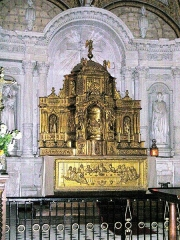 Eglise Saint-Michel - Deutsch: Fontevraud-l'Abbaye,_Saint-Michel,_Tabernakelaufsatz