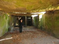 Allée couverte dite la Grande Pierre couverte -  Interior of the
