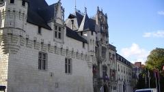 Hôtel de ville - English: Hôtel de Ville in Saumur