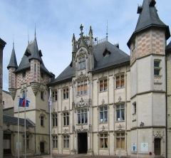 Hôtel de ville -  Town of Saumur in France, backyard of the townhall