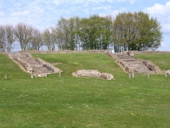 Théâtre romain (ruines) - English: Remnants of the Roman theater of Jublains, Mayenne, France.