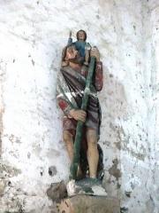 Chapelle Notre-Dame de Pritz - Français:   Statue à l\'entrée de la nef, cette chapelle étant au bord d\'un gué sur la Mayenne