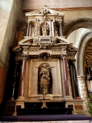 Eglise Notre-Dame des Cordeliers - Français:   Autel et retable de Saint-Pierre. Église Notre-Dame-des-Cordeliers de Laval (53). Architecte: Pierre Corbineau.