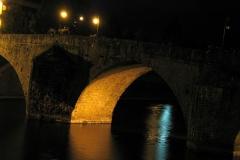 Vieux pont sur la Mayenne -  Centre-ville rive droite, 53000 Laval, France