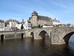 Vieux pont sur la Mayenne - English: Pont Vieux, Laval, Mayenne, France.