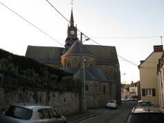 Eglise Saint-Martin - Français:   Arrière de l\'église Saint-Martin à Mayenne.