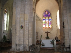 Eglise Saint-Denis - English: A chapel inside St. Denis' church, in Saint-Denis-d'Anjou, Mayenne, France.