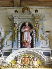 Eglise paroissiale - Français:   Retable de l\'Immaculée Conception de l\'église Notre-Dame-de-l\'Assomption de Brecé (53). Statue de Saint-Charles-Borromée.