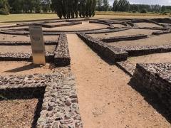 Théâtre gallo-romain de Cherré - English: Le théâtre antique du site archéologique de Cherré
