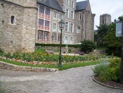 Château des Comtes du Maine -  La partie nord des jardins de ronsard au Mans