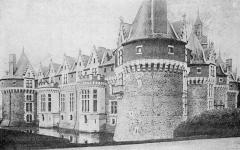 Château de Bonnetable (également sur commune de Briosne-les-Sables) - French historian, pedagogue, teacher, writer, rugby union match official and politician