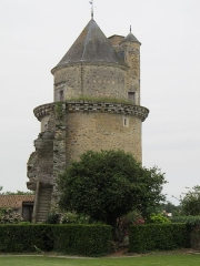 Château - English: Apremont: Westtower
