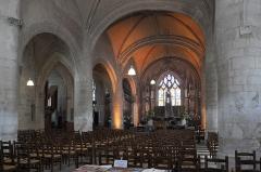 Eglise Saint-Jean - Deutsch: Katholische Pfarrkirche Saint-Jean in Fontenay-le-Comte im Département Vendée (Pays de la Loire/Frankreich), Innenraum