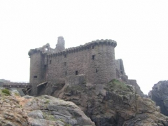 Château -  Old castle on South savage coast of ile d yeu - France (made by Chauvetp)