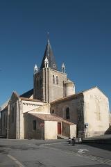 Eglise - Deutsch:   Katholische Kirche Notre-Dame-de-l'Assomption in Longeville-sur-Mer im Département Vendée (Pays de la Loire/Frankreich)