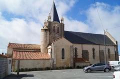 Eglise - Français:   L'église Notre-Dame-de-l'Assomption de Longeville-sur-Mer depuis la rue Hoche.